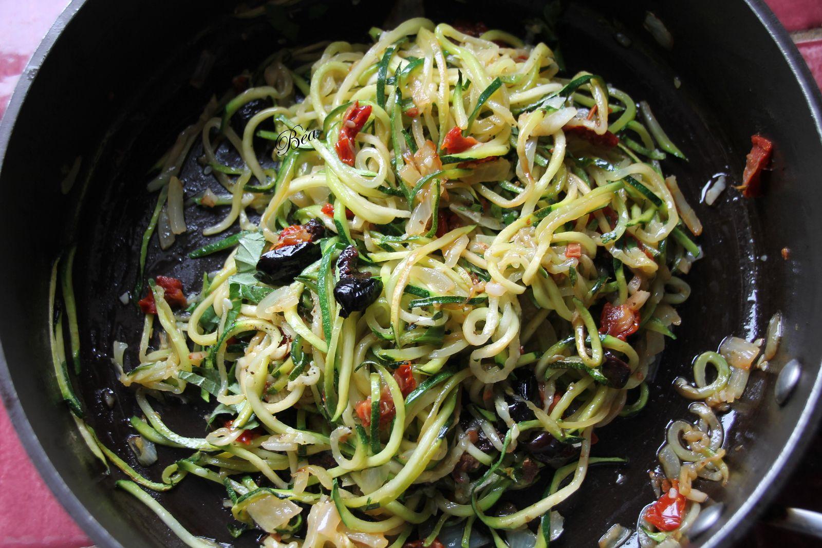 Chimère au pesto rouge et spaghetti de courgettes