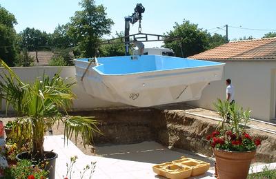 Misterbricolo lance son projet de piscine coque polyester...