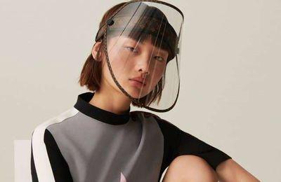 Branding : Louis Vuitton et sa visière transparente en plastique à 800 euros