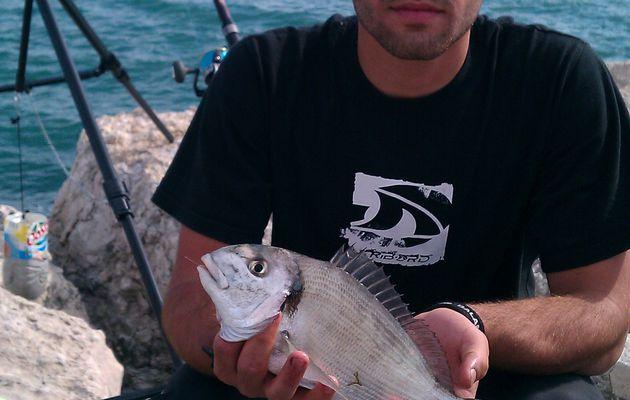 Pêcher la dorade de digue à Fos-sur-mer