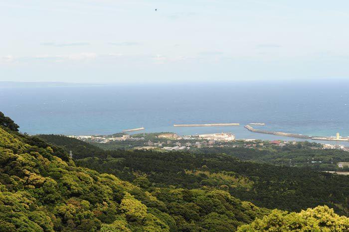 Une très belle île , randos en forêts , cèdres millénaires.