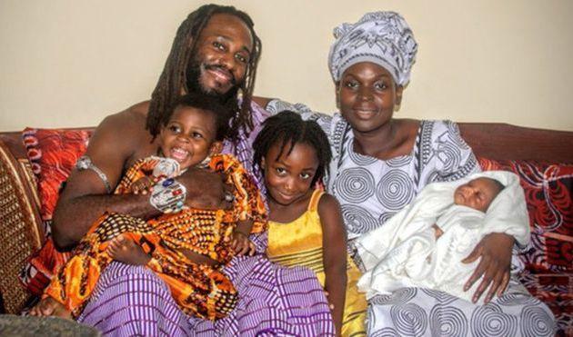 Un Américain déménage au Ghana pour échapper au racisme