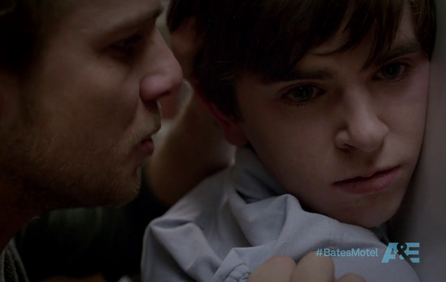 Critiques Séries : Bates Motel. Saison 1. Episode 2. Nice Town You...