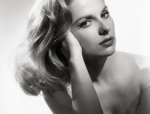 Comme un Torrent : Martha Hyer