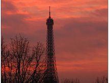la tour s'embrase