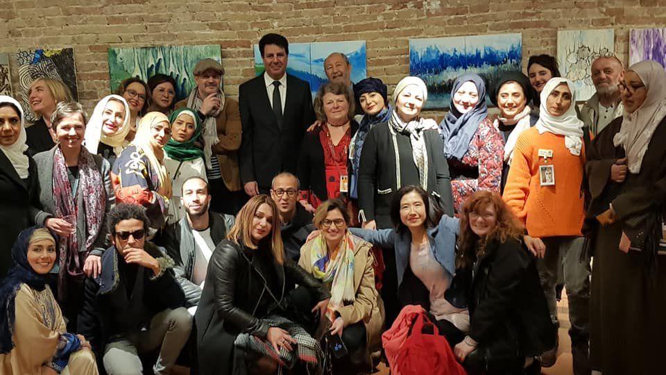 Des artistes heureux, un vernissage réussi, un thème qui se vit au quotidien et l'ambassadeur d'Arabie Saoudite venu salué le travail des 11 saoudiennes présentes lors de cette <rencontre.