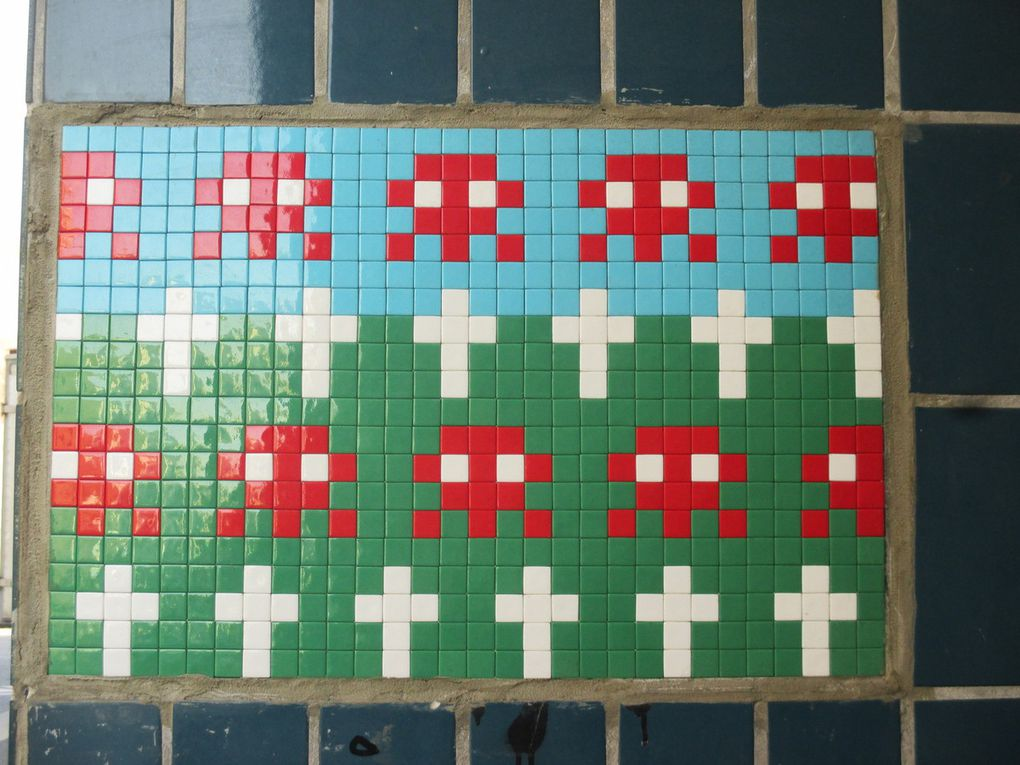 Invader - Paris 20e - 3e