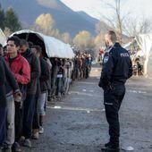 En Bosnie, le triste jeu des réfugiés du camp de Vučjak