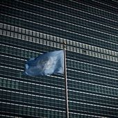 Les États-Unis, avec leurs alliés européens et japonais, ont annoncé lundi négocier de nouvelles sanctions sévères de l'ONU contre la Corée du Nord mais la position de Pékin et Moscou, dotés d'un droit de veto, reste incertaine - MOINS de BIENS PLUS de LIENS