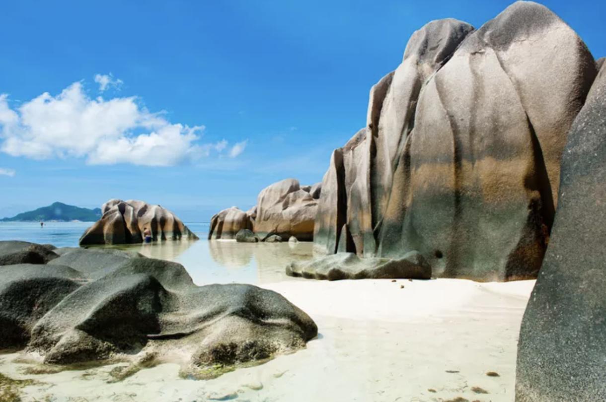 Presque tous les touristes peuvent désormais aller aux Seychelles