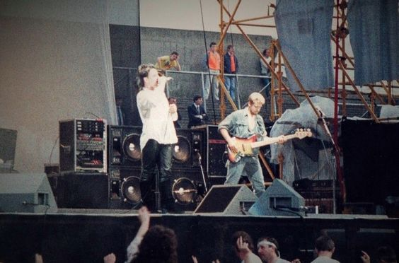 U2 -Unforgettable Fire Tour -13/09/1984 -Melbourne -Australie -Sports And Entertainment Centre #1