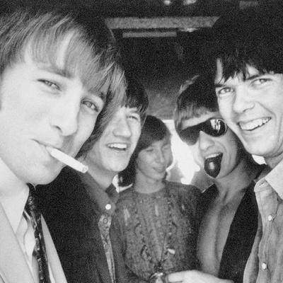 Buffalo Springfield, un groupe de rock américain originaire de los Angeles avec Neil Young, Stephen stills, Richie furay, Dewey martin et Bruce palmer