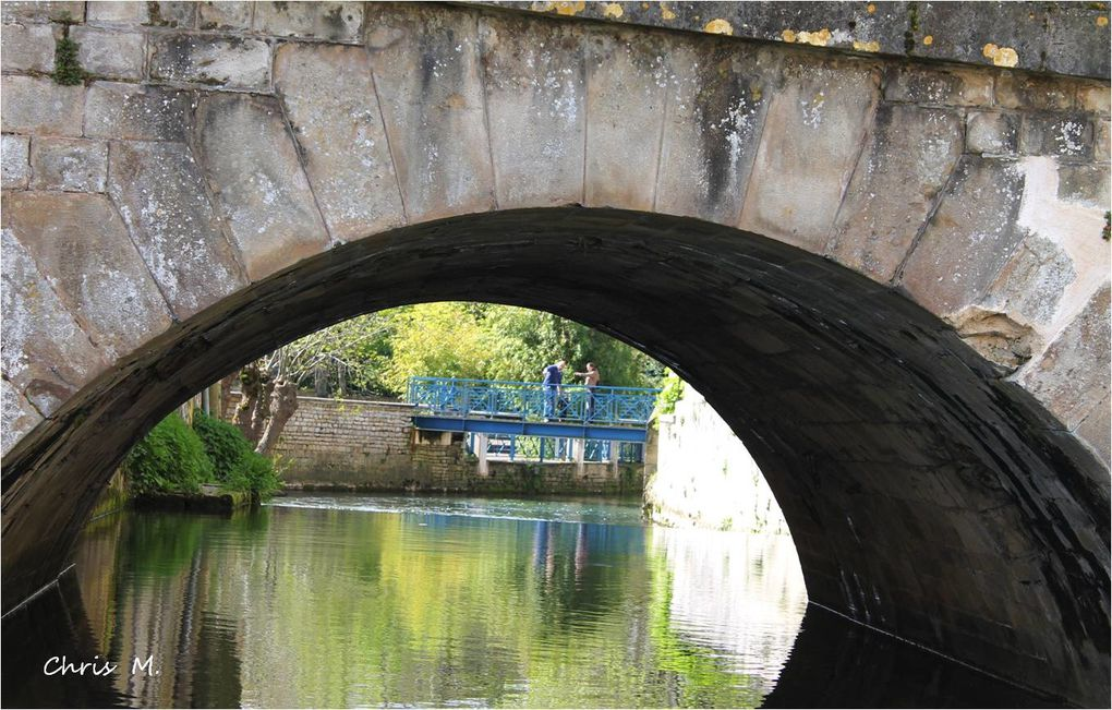 Niort - le pont Main et les vieux ponts