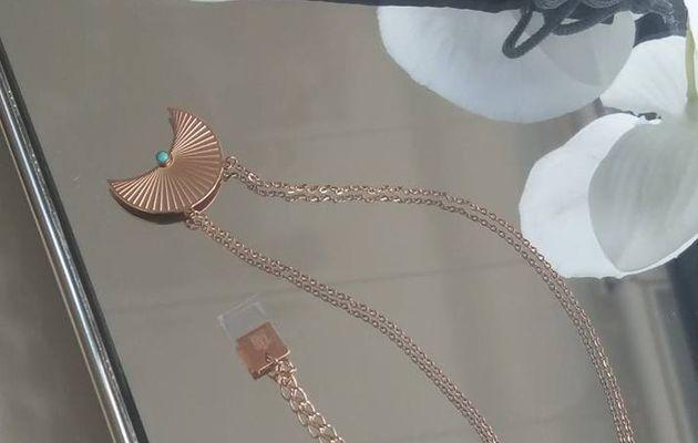 Pour mon anniversaire j'ai choisi un bijou de chez Linéa Chic !