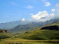 En route vers les nuages, le col et le Lesotho...