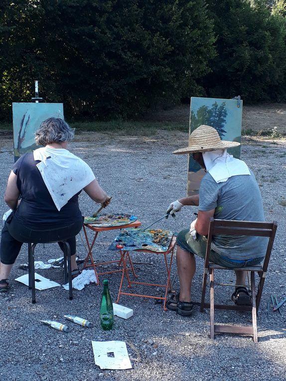 Des peintre à l'oeuvre à la Taillanderie...