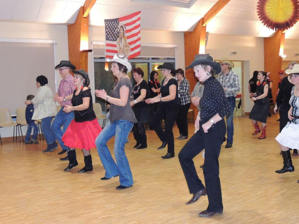 Très beau bal organisé par L'OAC Section Country de Chevillon et animé par Chouchou et Loulou