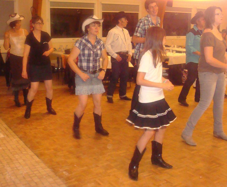 Très beau bal bien organisé merci Fred et Pat, beaucoup de danses.