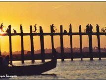 Soleil couchant sur le pont U Bein