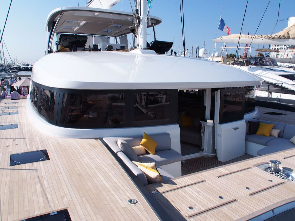 The foredeck and front cockpit of the Lagoon Seventy 7