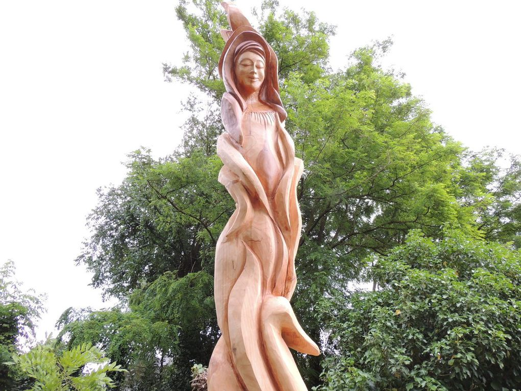 Photos d'Angevine sculpture fais en France juin 2015