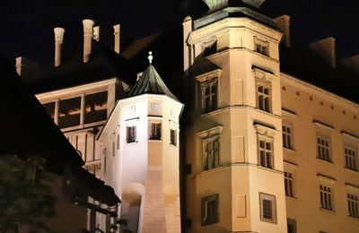 Château Wawel by night Cracovie Pologne