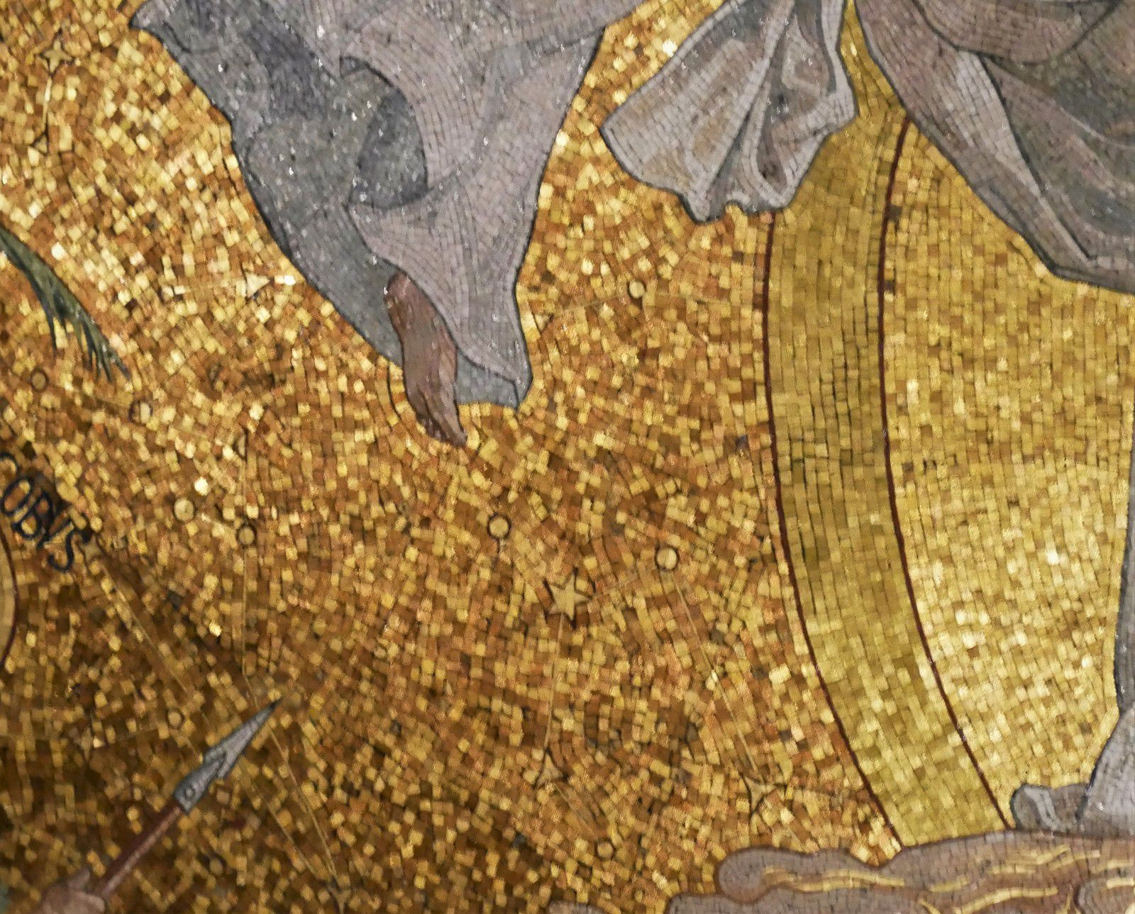 Le Sacré-Cœur. La chapelle de la Vierge. Les mosaïques.