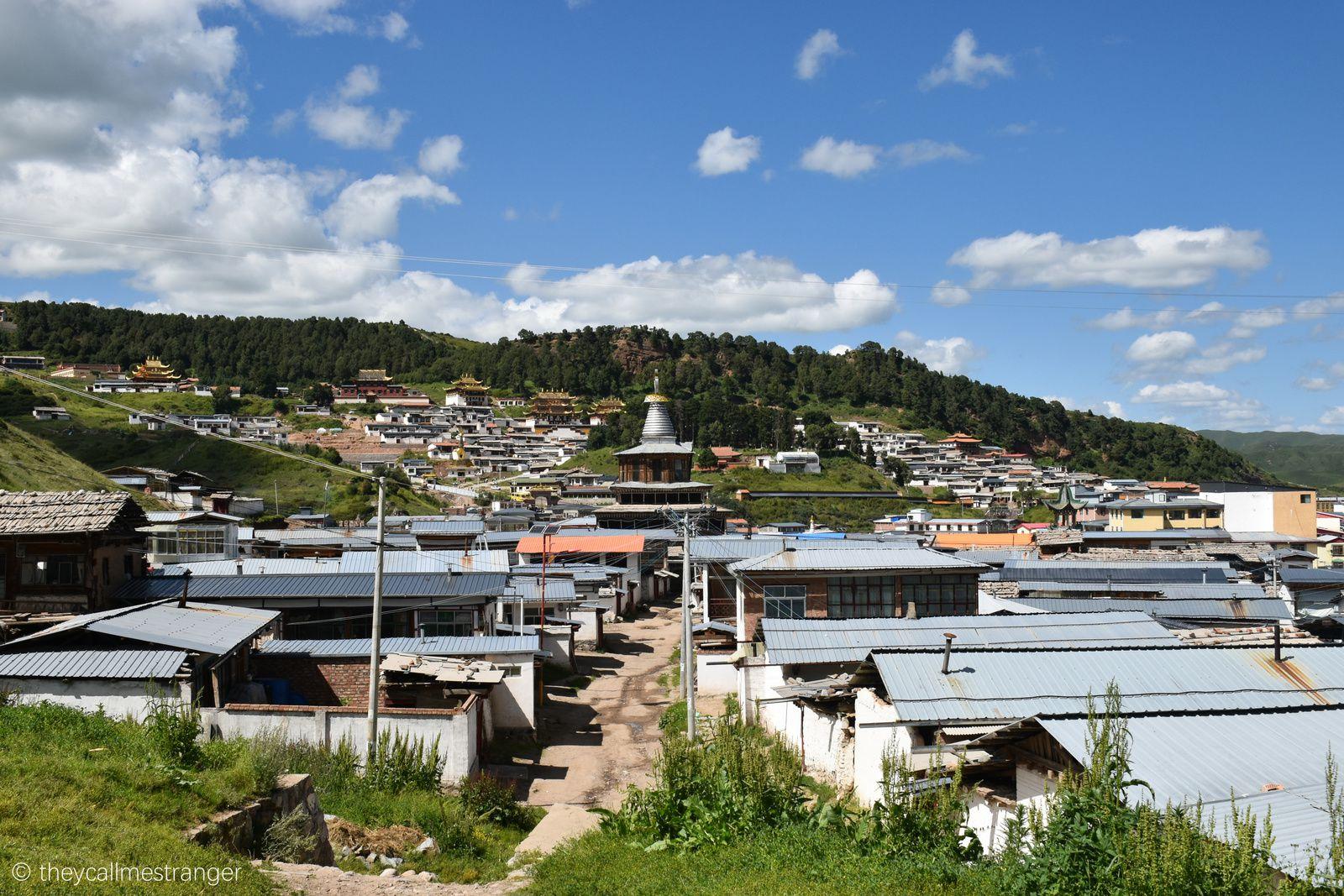 La ville tibétaine de Langmusi 郎木寺, entre Sichuan et Gansu
