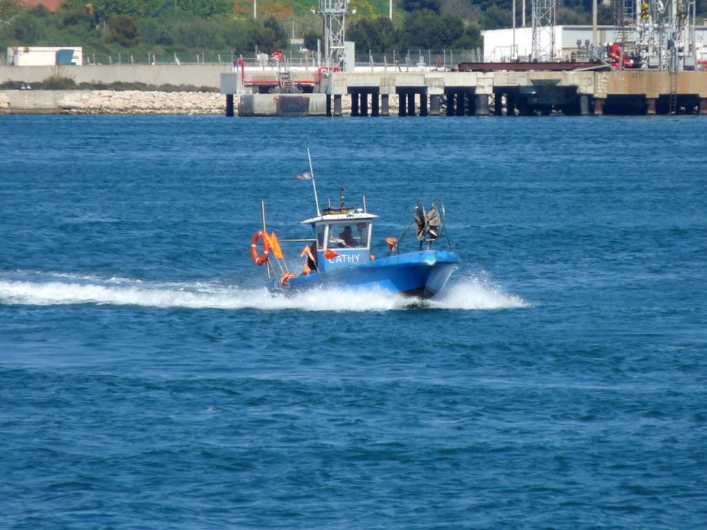 CATHY   MT 819555 ,quittant le port de Port de Bouc