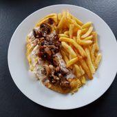 Omelette aux champignons et crème au vin jaune de Cyril Lignac dans tous en cuisine - Mes Meilleures Recettes Faciles