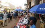 Impact du coronavirus sur l'économie : au Cameroun, 65% des personnes déclarent une baisse de salaire ou de revenu