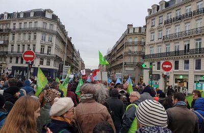 Grève du 10 décembre : un mouvement puissant et massif pour exiger le retrait de la réforme des retraites