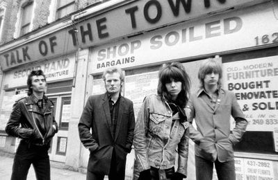 The Pretenders -Talk Of The Town