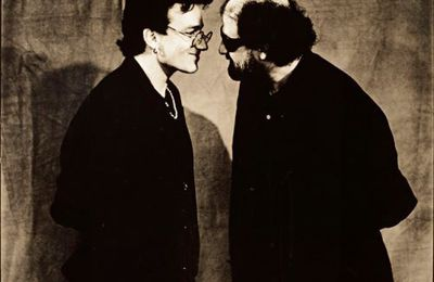 Bono et Salman Rushdie - Self Assignment -Londres -Angleterre 12/08/1993