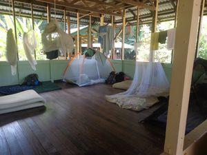 """Avec le fameux café """"à la chaussette"""" costaricien, avec une installation moins jolie que les traditionnelles"""