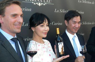 Carina LAU lance sa gamme de vins et de champagnes