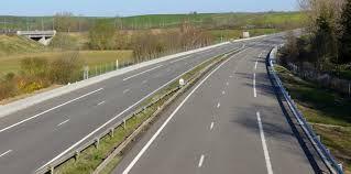 Les routes plus polluantes que les voitures ?