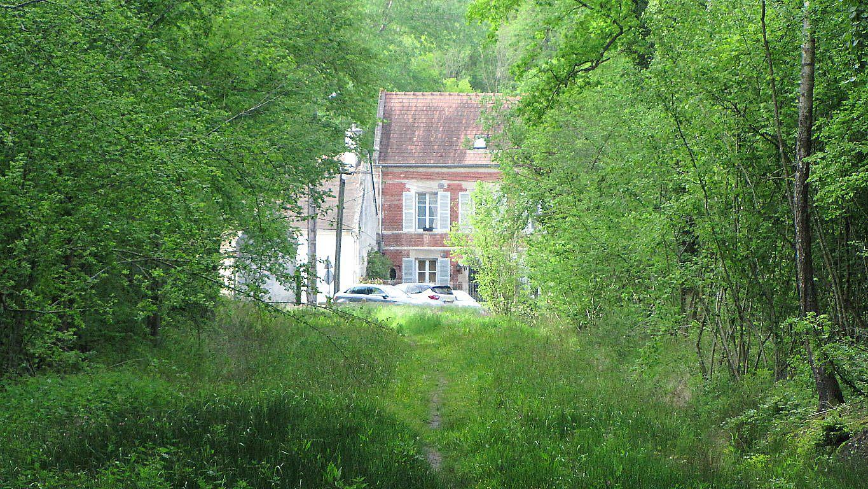 carrefour_Chemin du Plessis-Brion_Sentier (parcelle 192)