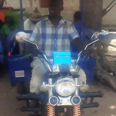 Le tricycle d'Amadou Sow