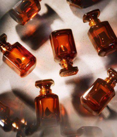 Packaging / Luxe : Un premier parfum pour FENTY Beauty par Rihanna