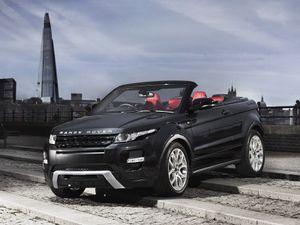 Surprise: le Range Rover Evoque se découvre!
