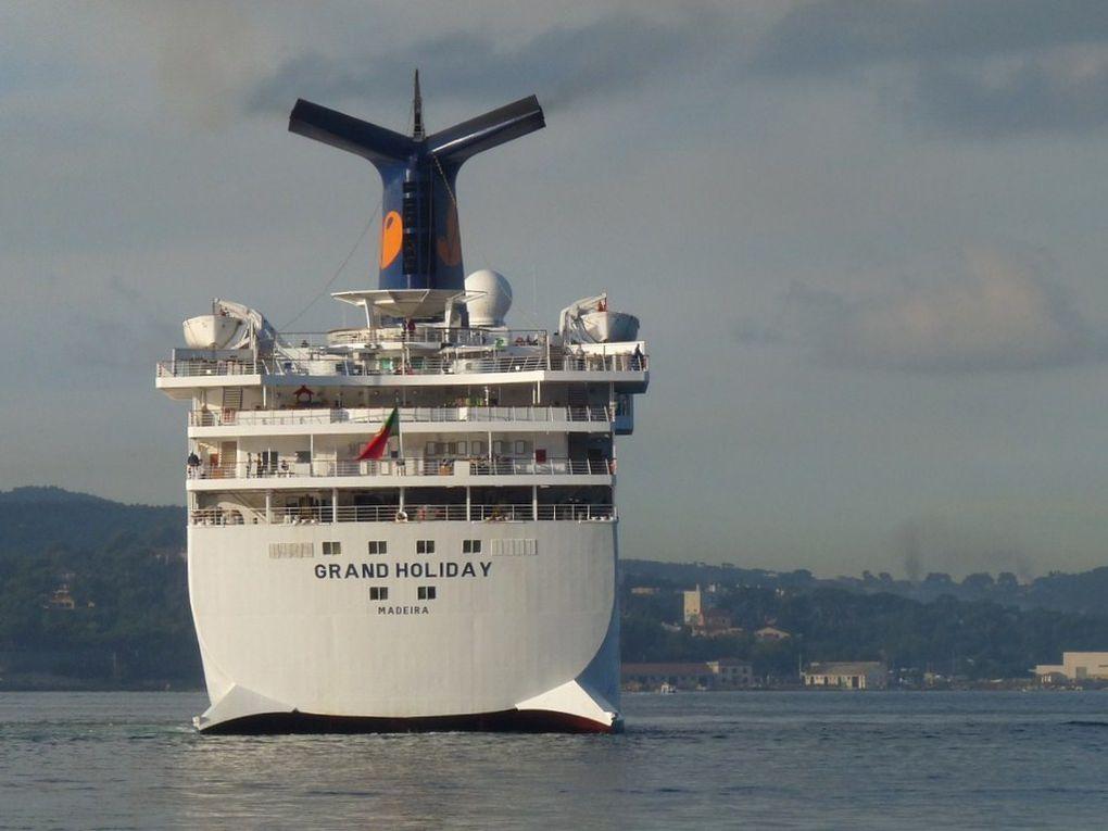GRAND HOLIDAY ,dans le port de Toulon le 30 octobre 2012