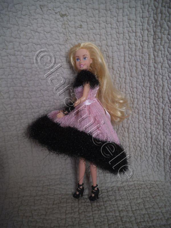 tuto gratuit barbie: robe comète ,courte devant longue derrière