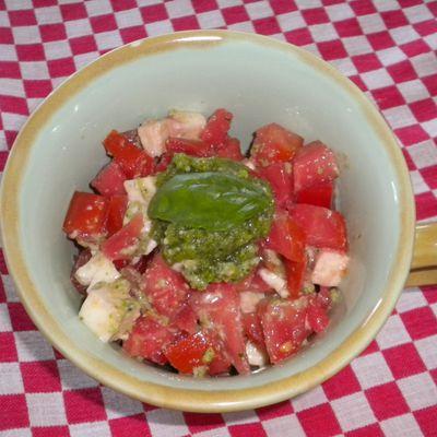 Concassée de tomates mozzarella au pesto