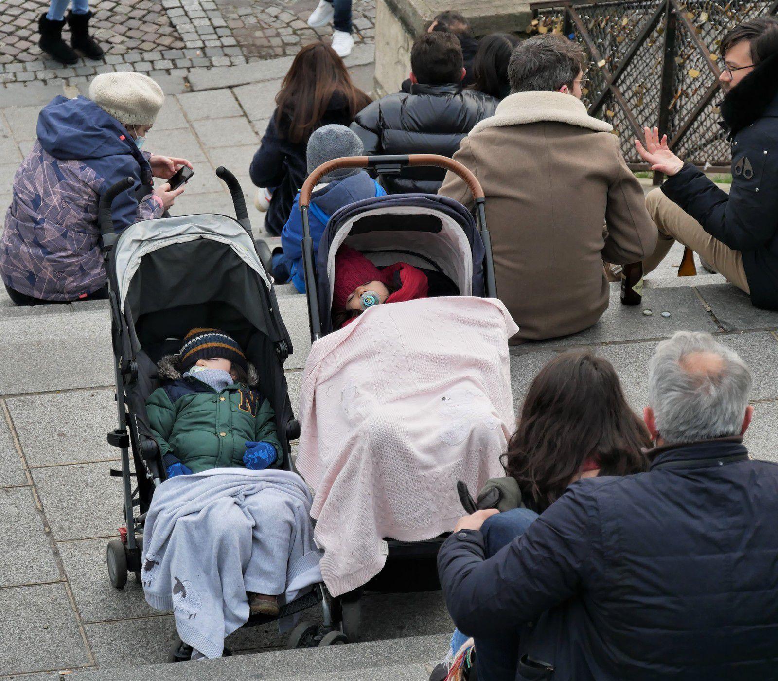 3 janvier. Bienheureux sur les marches du Sacré-Coeur!