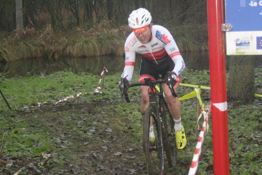 Championnat départemental Ufolep cyclo-cross à Rouy-le-Petit