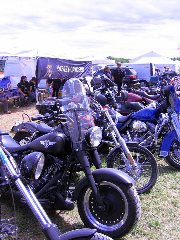 Photos Coupes Moto Legende 2011-2 Dijon Prenois démonstrations motos et side car anciens sur piste