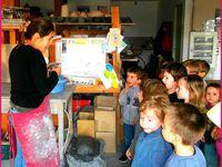 Nos premiers pas dans l'art de la poterie .