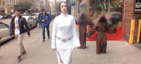 Princesse Leia marche seule 10 heures dans les rues de New York