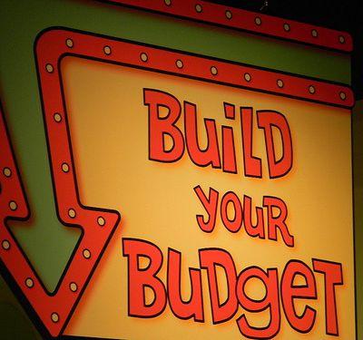 Quels sont les points clés et les étapes pour faire un budget de création d'entreprise ?